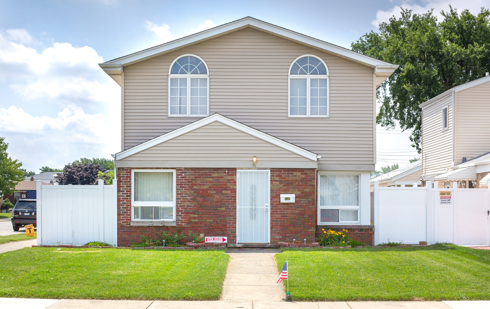 6501 West 60th Place Chicago, IL 60638
