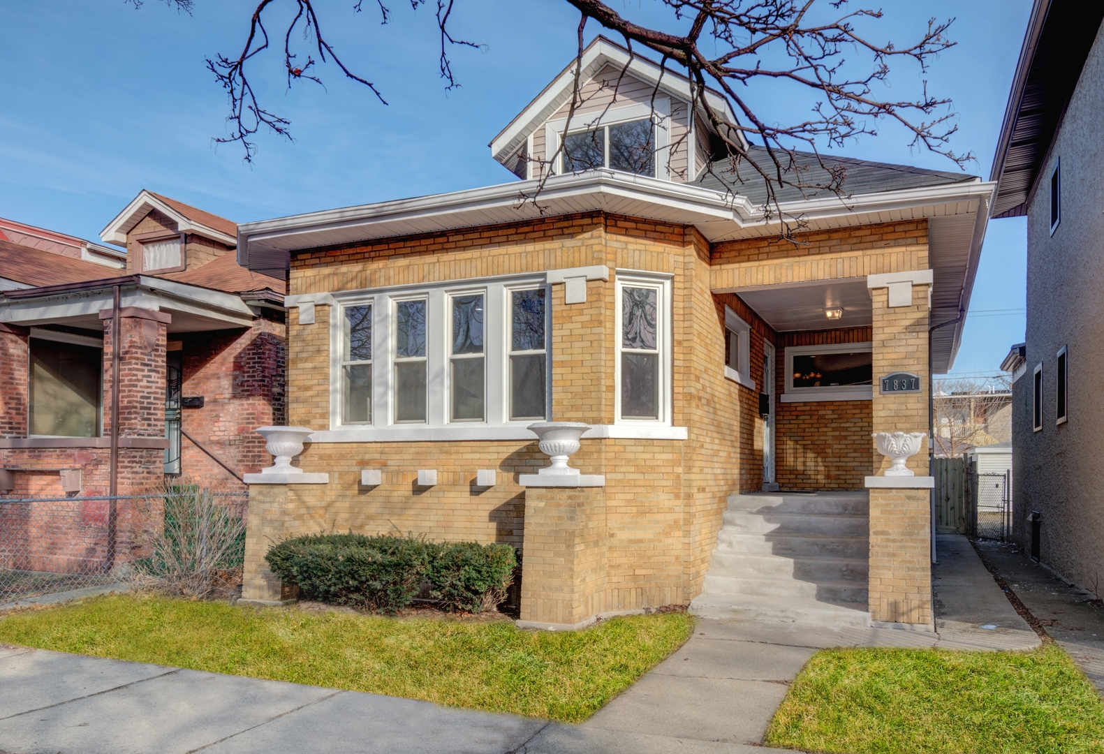 7837 South Champlain Avenue Chicago, IL 60619