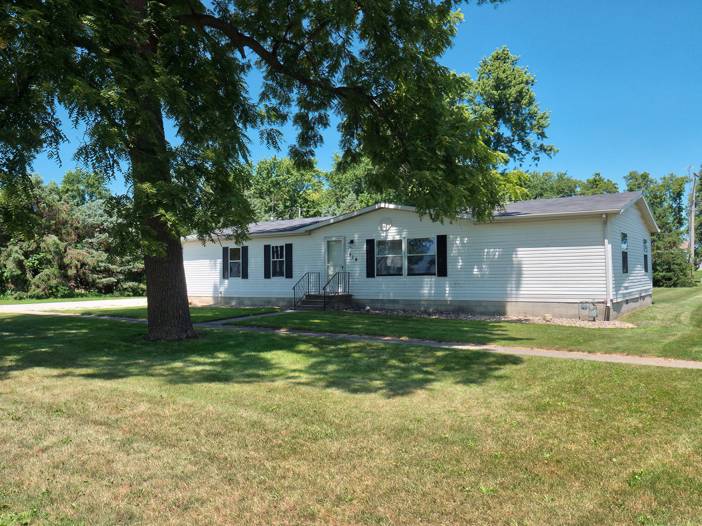 514 2nd Street Anchor, IL 61720