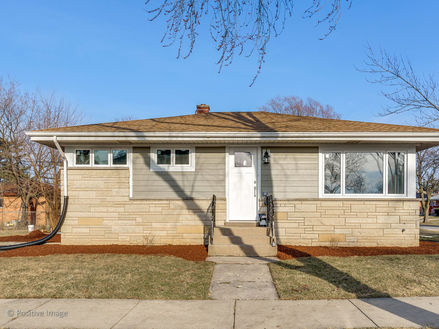 7076 West Birchwood Avenue Niles, IL 60714