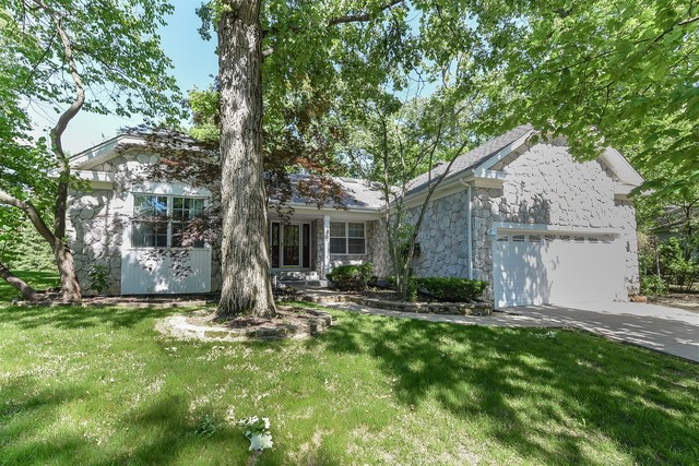 1107 Oak Ridge Drive, Streamwood, Illinois