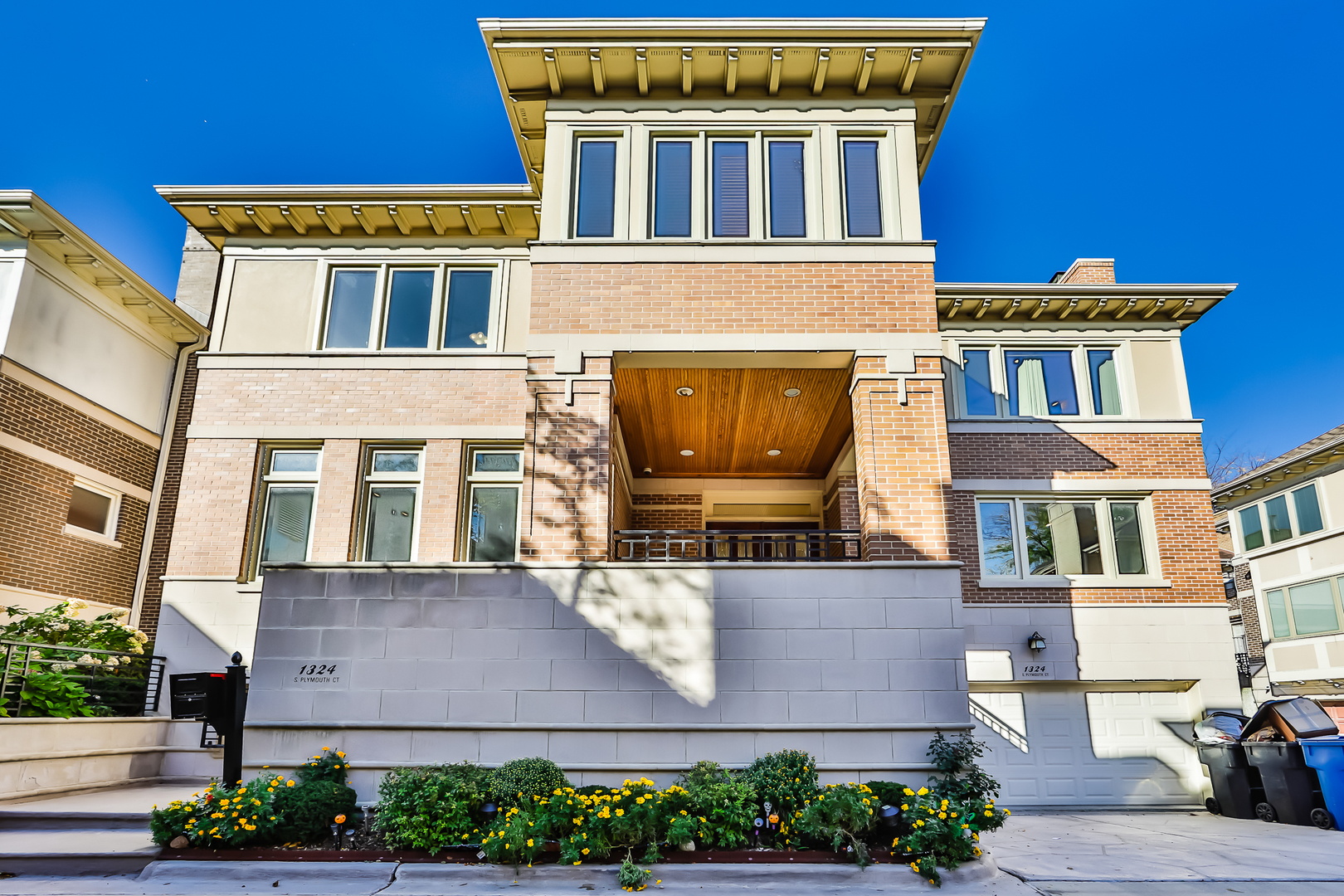 1324 South Plymouth Court Chicago, IL 60605