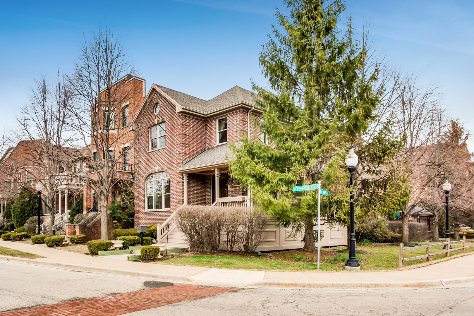 3315 South Throop Street Chicago, IL 60608