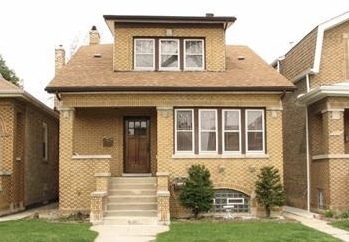 5728 West Eddy Street Chicago, IL 60634
