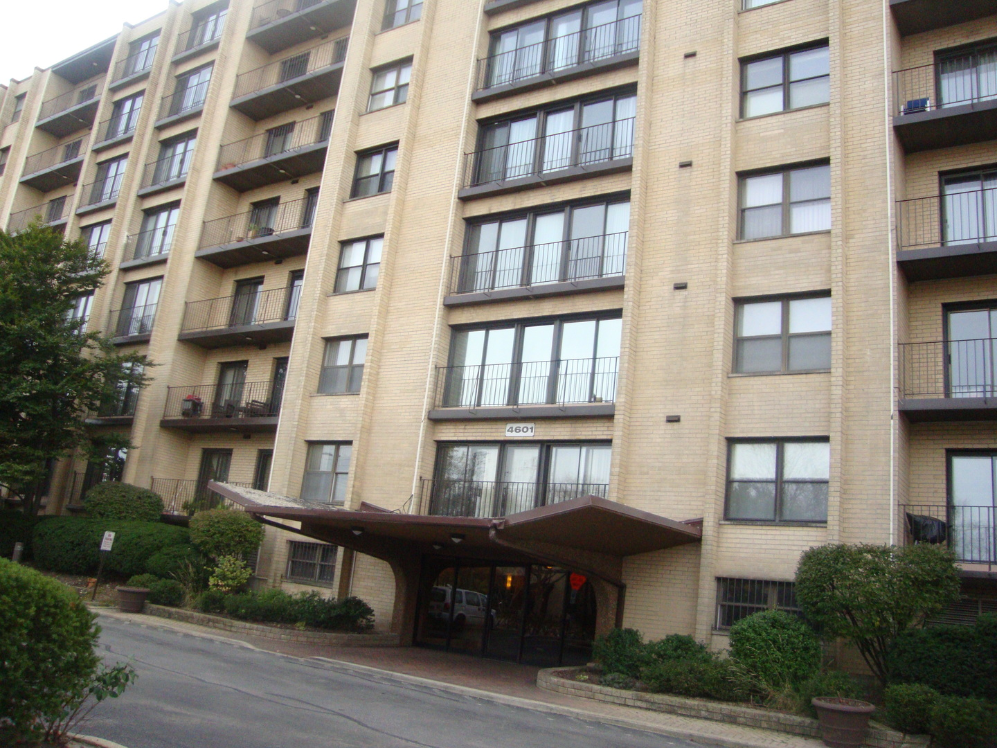 4601 West Touhy Avenue Lincolnwood, IL 60712