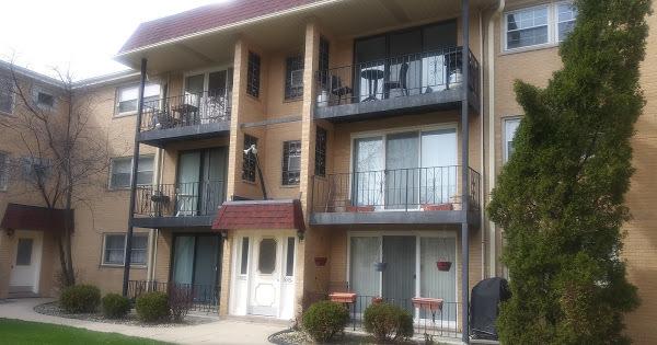 8854 North Grace Avenue Niles, IL 60714