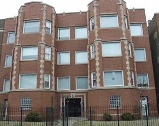 6720 South Paxton Avenue Chicago, IL 60649
