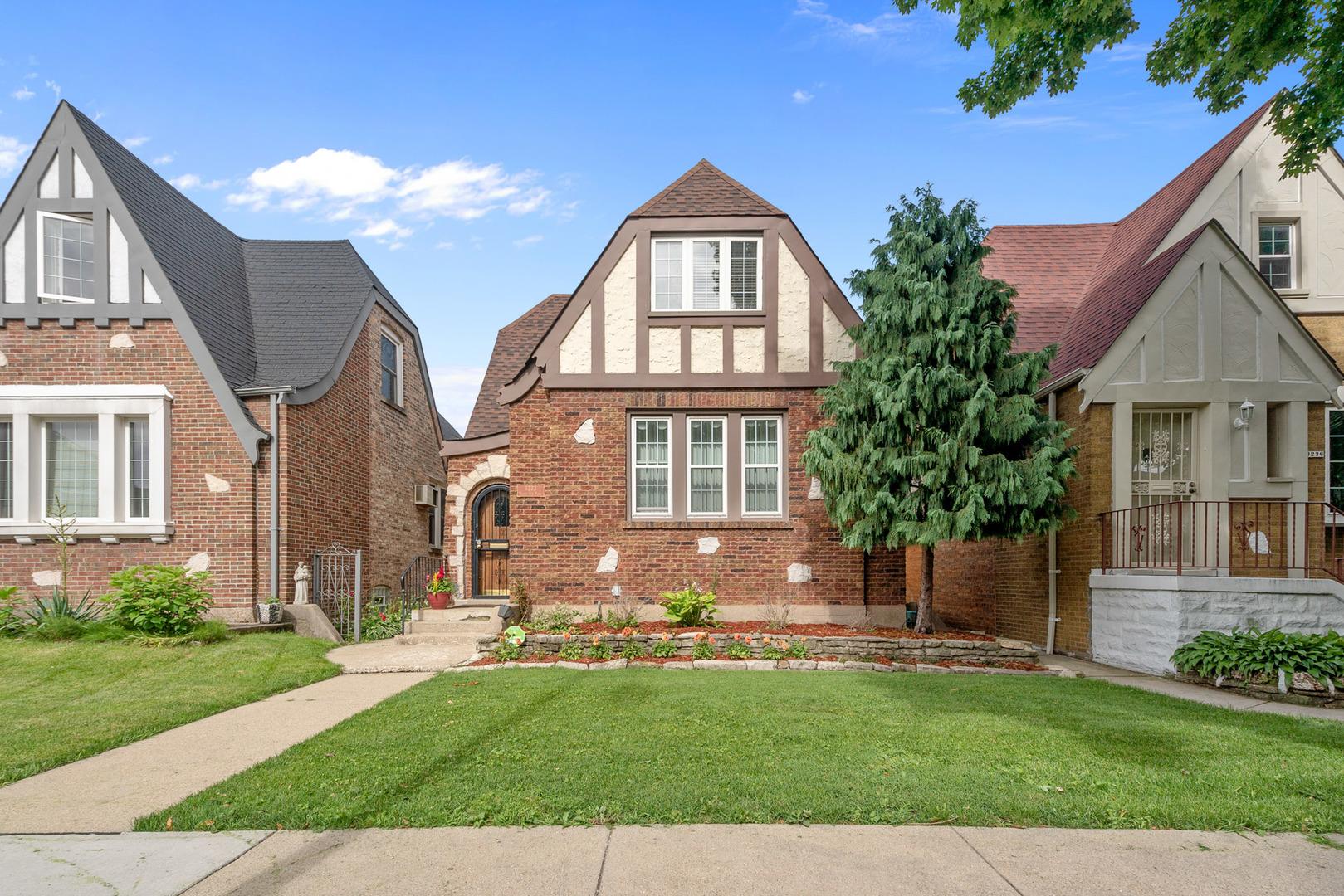 3232 North Oak Park Avenue Chicago, IL 60634