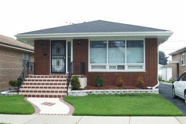 3718 West 80th Street Chicago, IL 60652