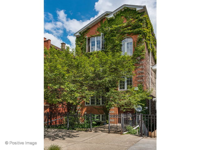 1431 North Cleaver Street Chicago, IL 60642