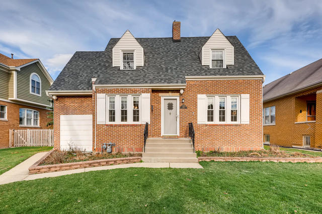 929 Vine Avenue, one of homes for sale in Park Ridge