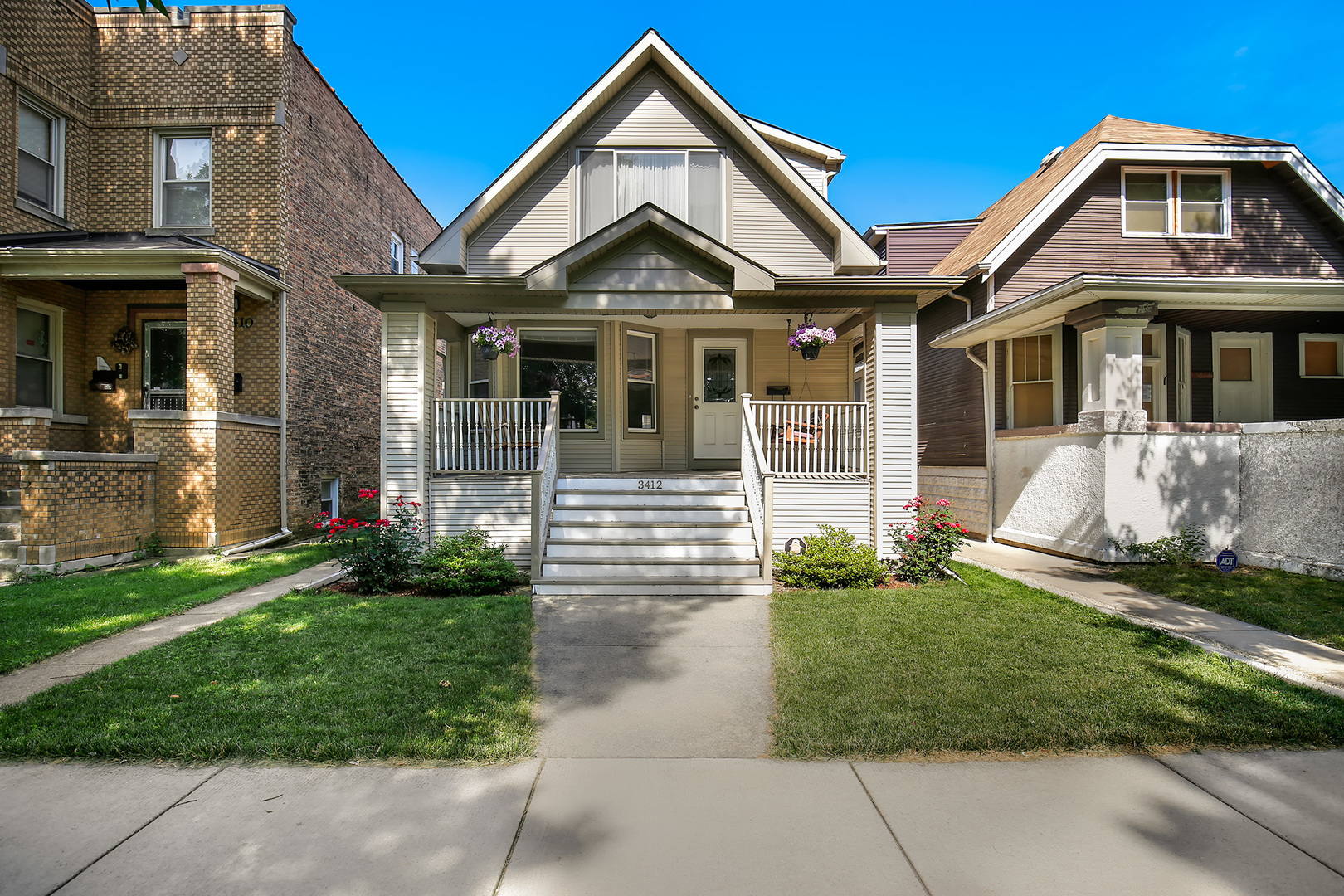 3412 North Tripp Avenue Chicago, IL 60641