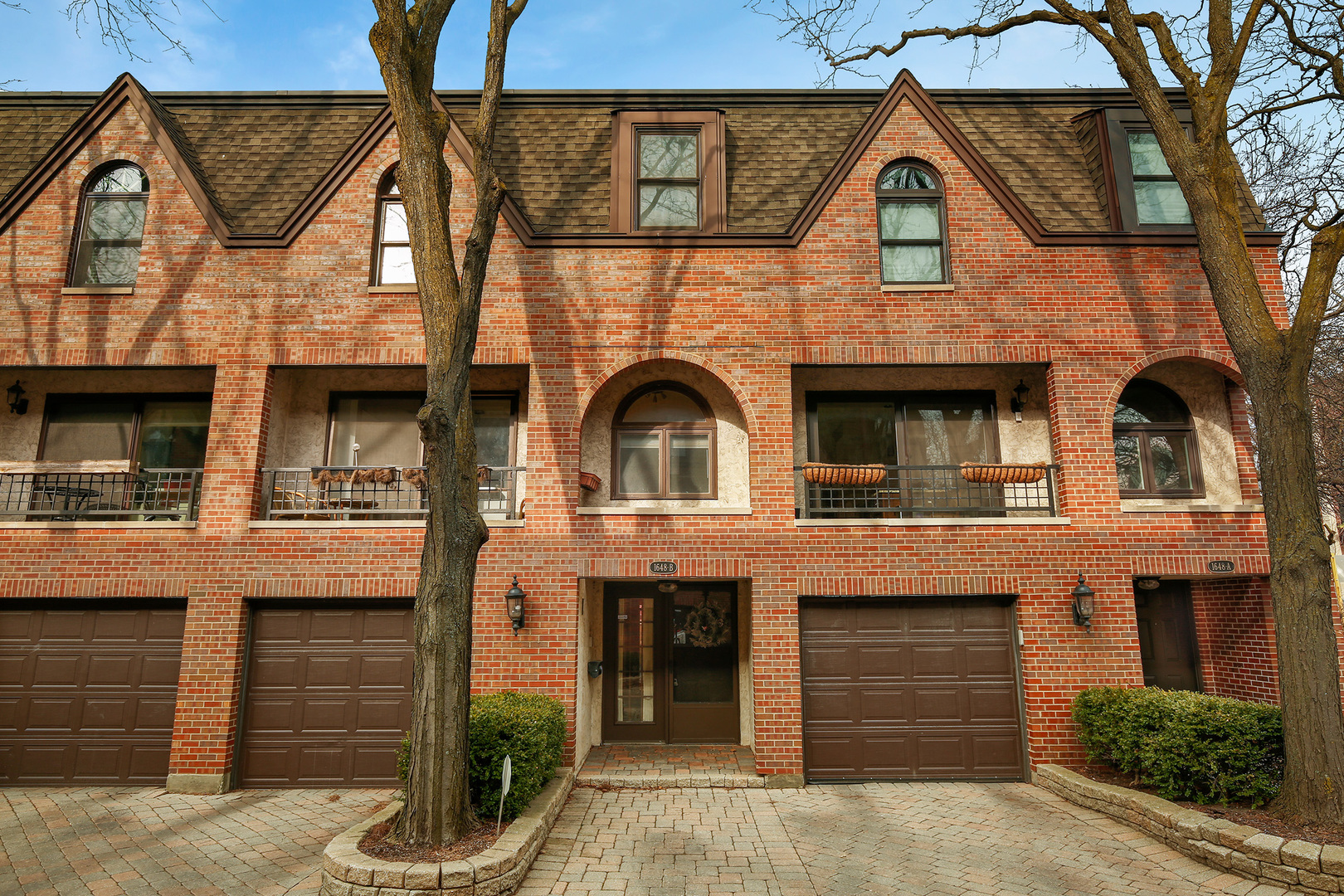 Lincoln Park Homes for Sale -  Gated,  1648 North Burling Street