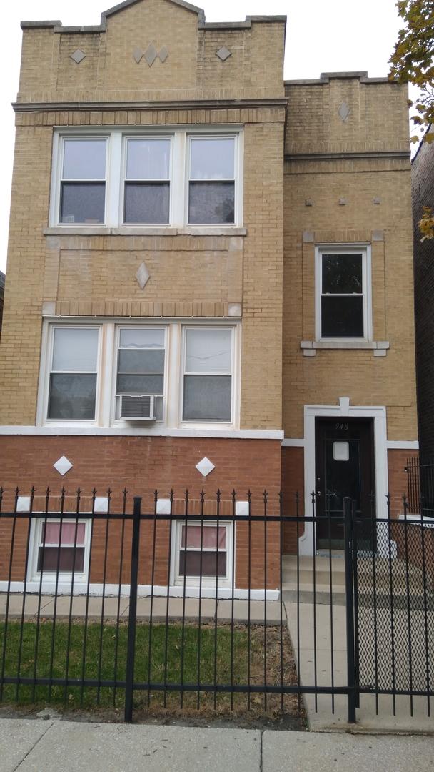 948 North Ridgeway Avenue Chicago, IL 60651