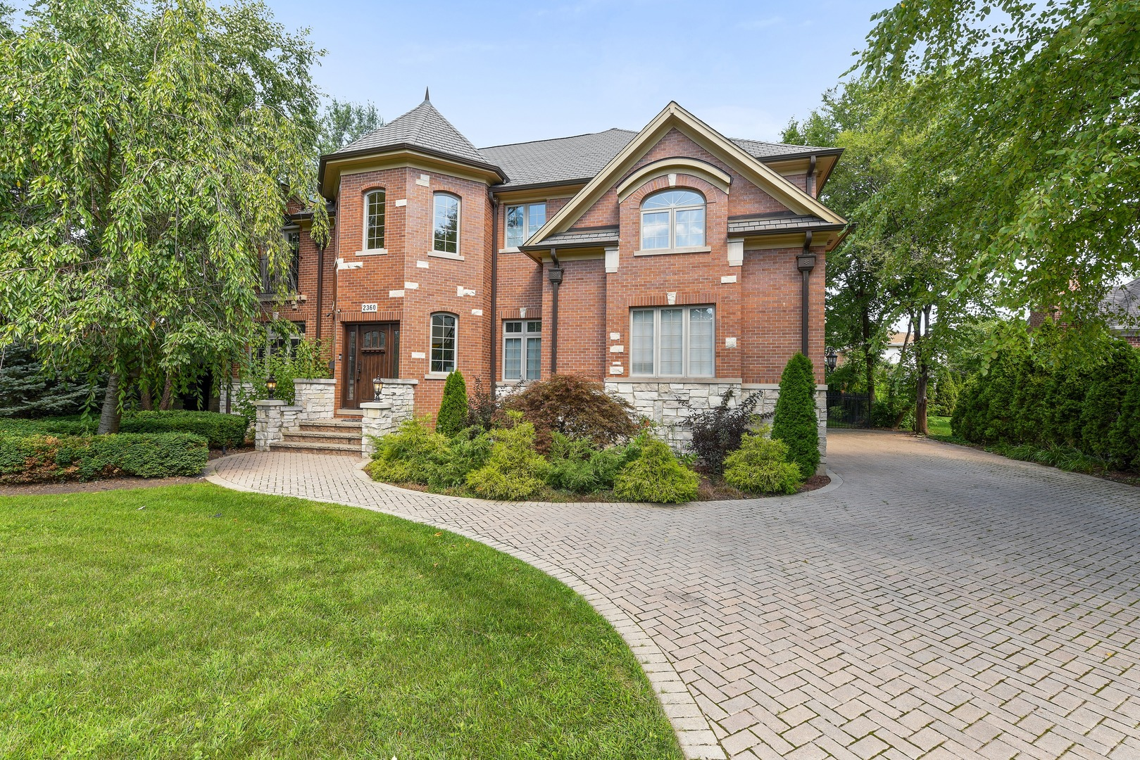 2360 Oak Tree Lane, Park Ridge, Illinois