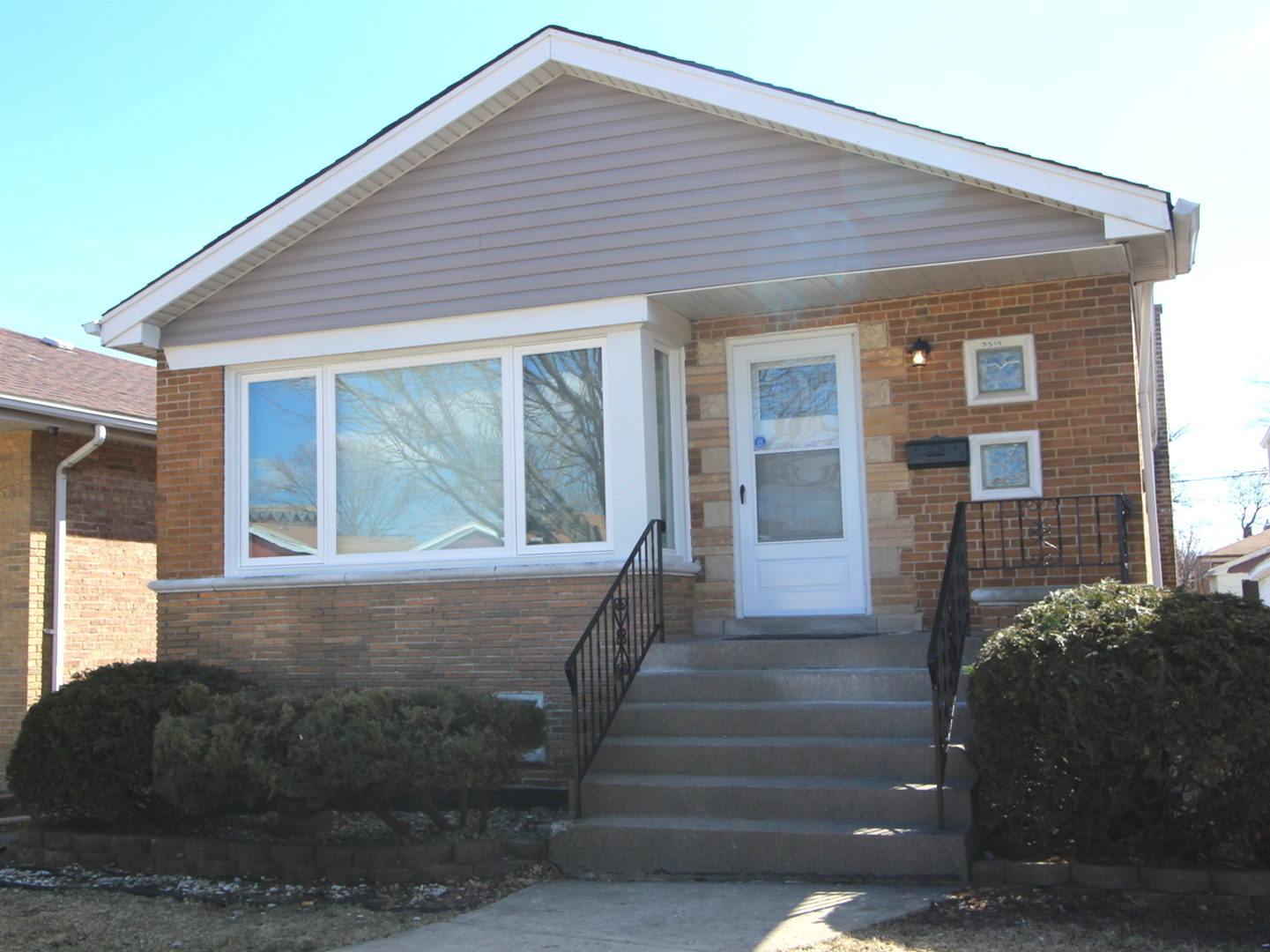 3519 West 77th Place Chicago, IL 60652