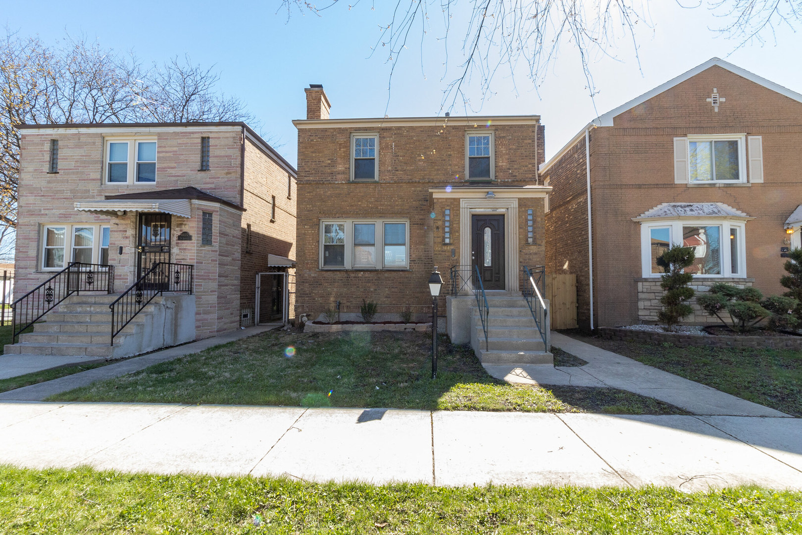 10137 South St Lawrence Avenue Chicago, IL 60628