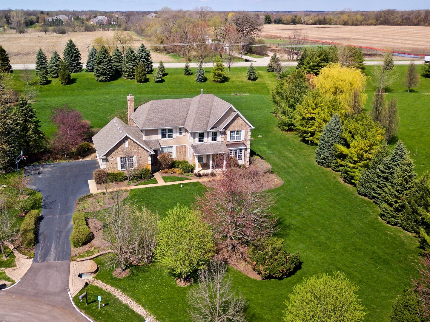 28308 West Savannah Trail Lake Barrington, IL 60010