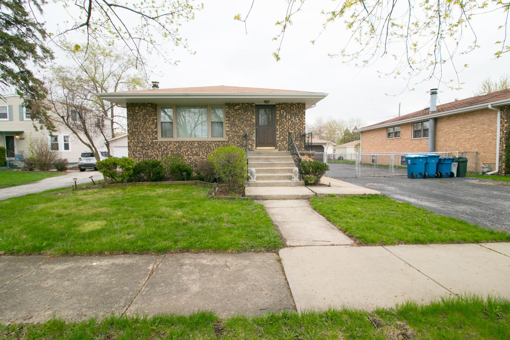 11625 South Laramie Avenue Alsip, IL 60803