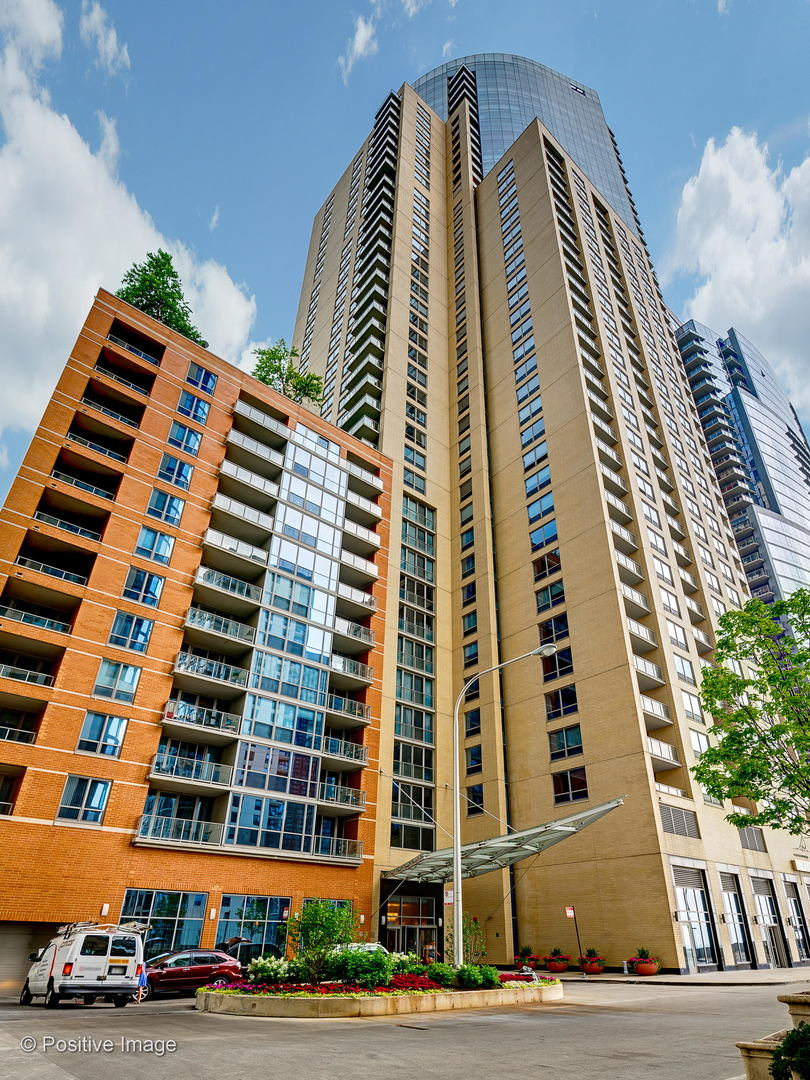 420 East Waterside Drive Chicago, IL 60601