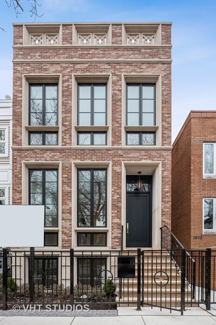 1810 North Hudson Avenue, one of homes for sale in Chicago-Near West Side