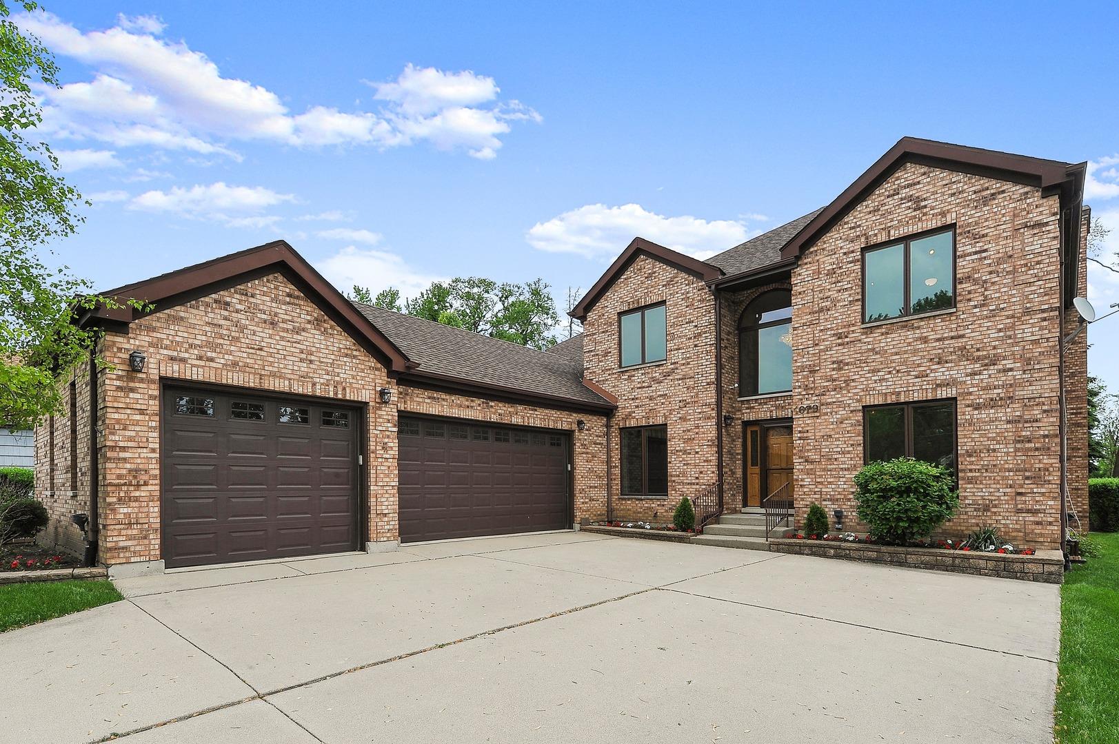 1679 Webster Lane Des Plaines, IL 60018