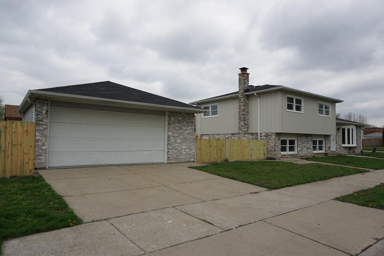 12118 South Harding Place Alsip, IL 60803