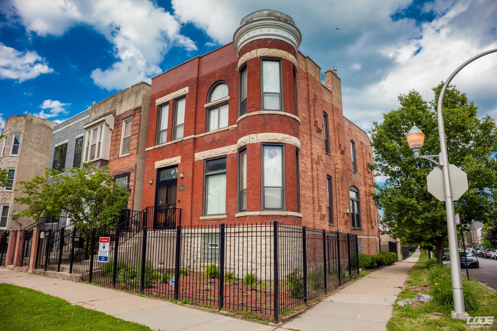 4033 South Vincennes Avenue Chicago, IL 60653