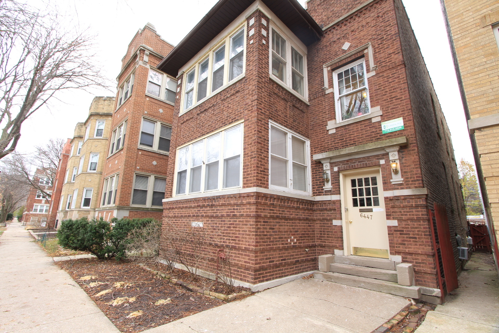 6447 North Newgard Avenue Chicago, IL 60626