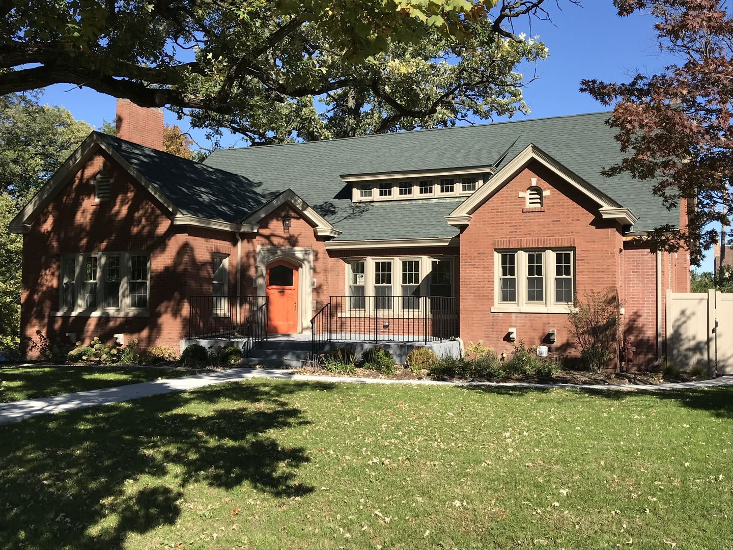 9137 South Pleasant Avenue South, one of homes for sale in Beverly-Chicago