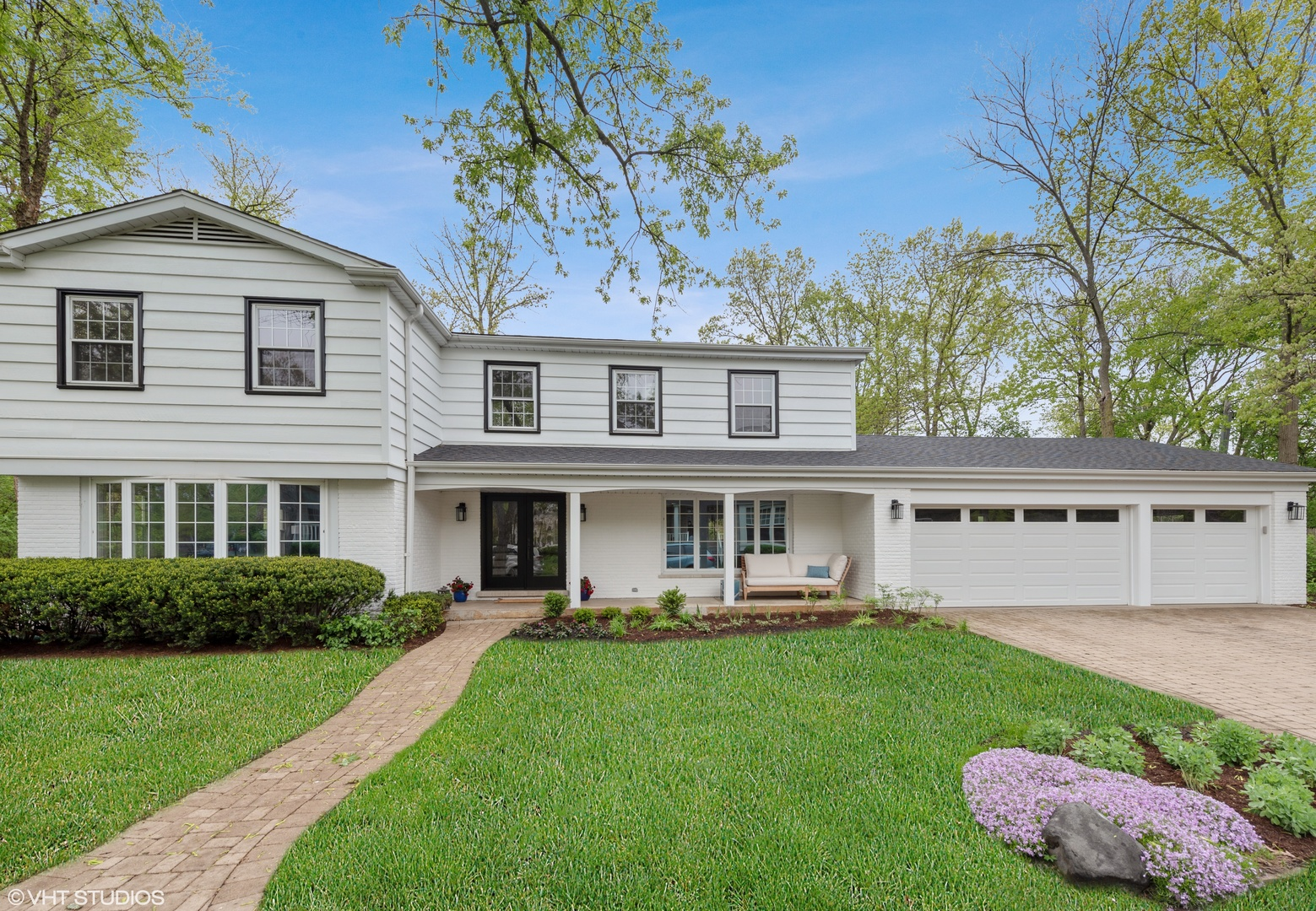 1720 Ridgewood Lane East Glenview, IL 60025