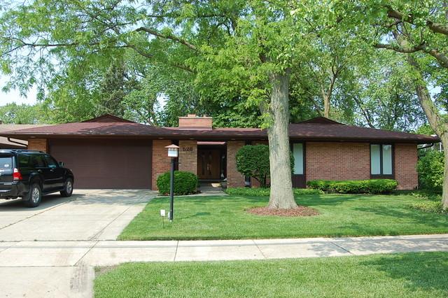 526 Shermer Road Glenview, IL 60025