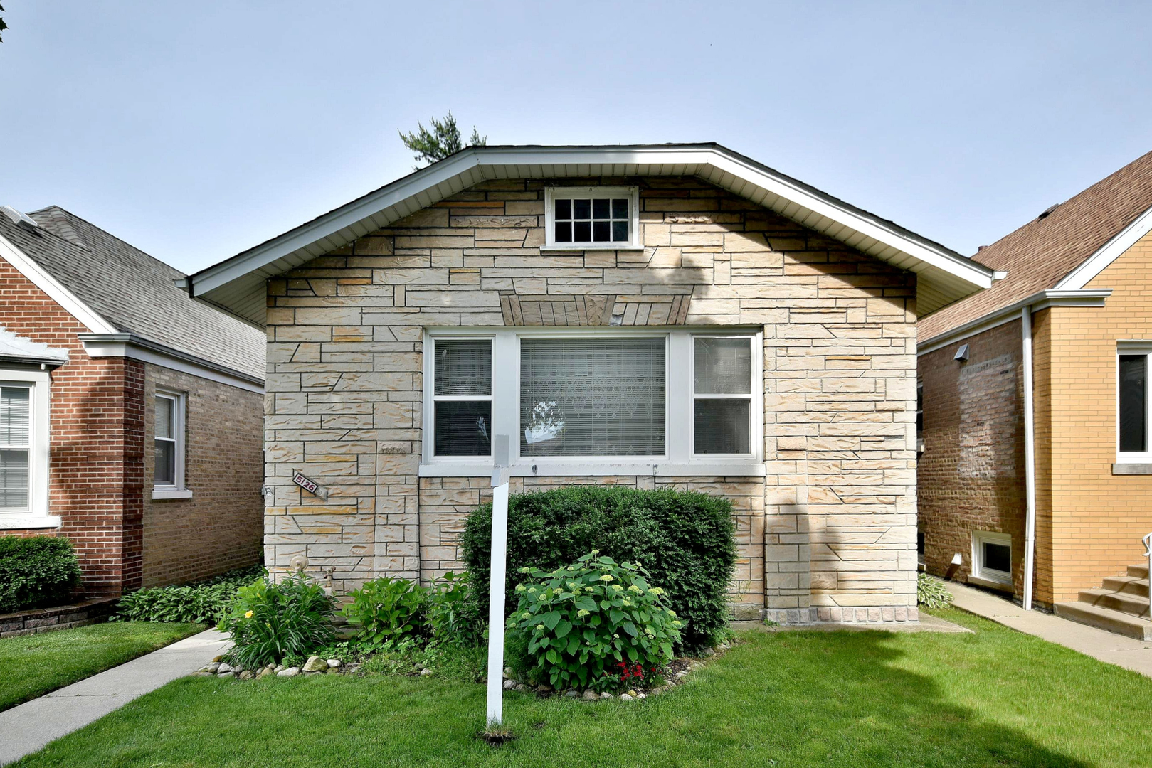 5126 North Mason Avenue Chicago, IL 60630