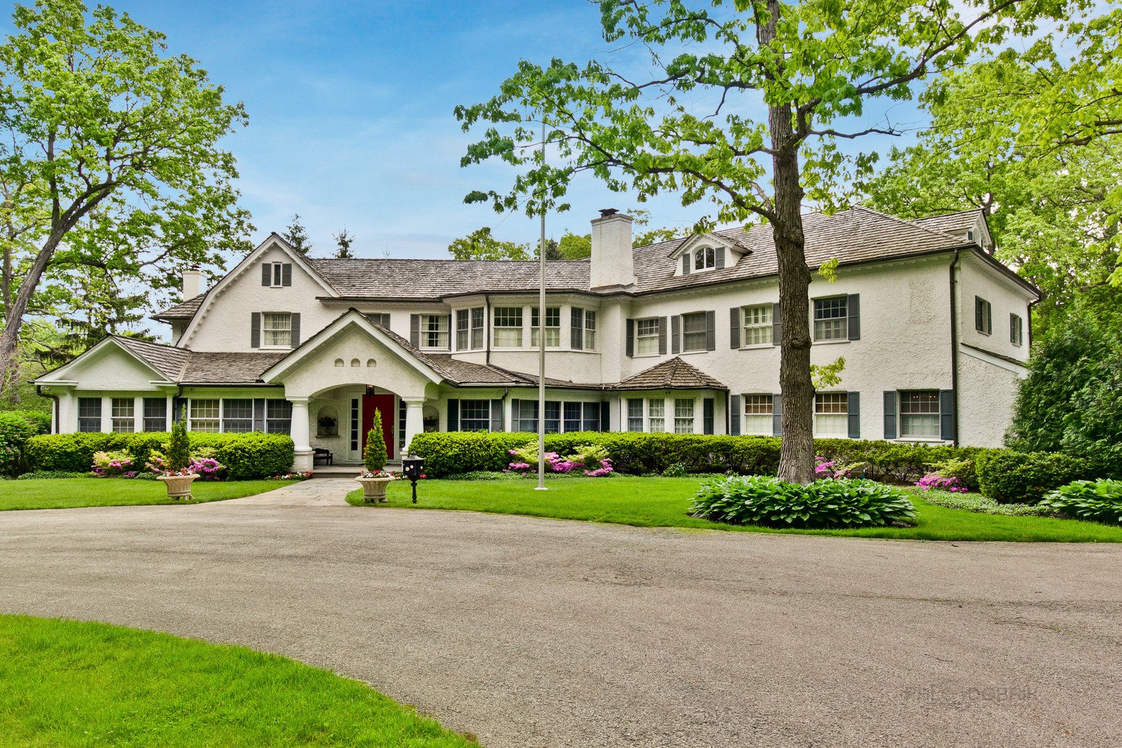 457 East Wisconsin Avenue Lake Forest, IL 60045