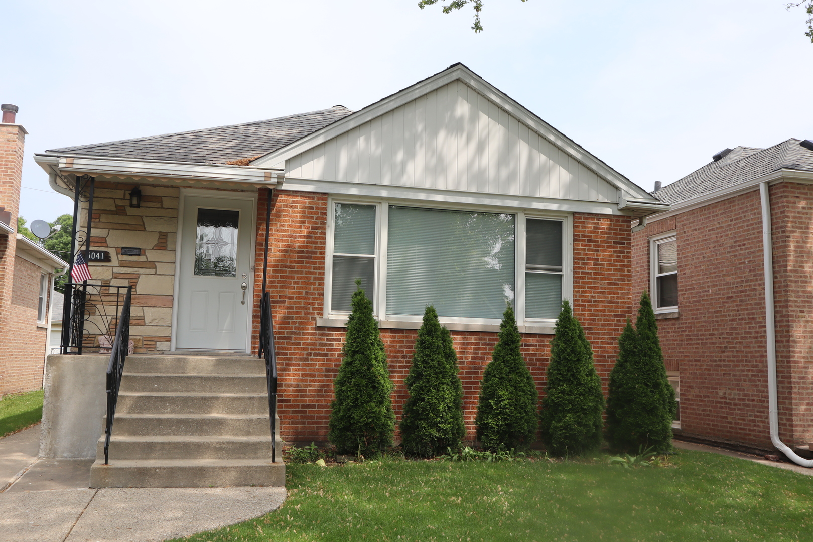 5041 North Melvina Avenue Chicago, IL 60630