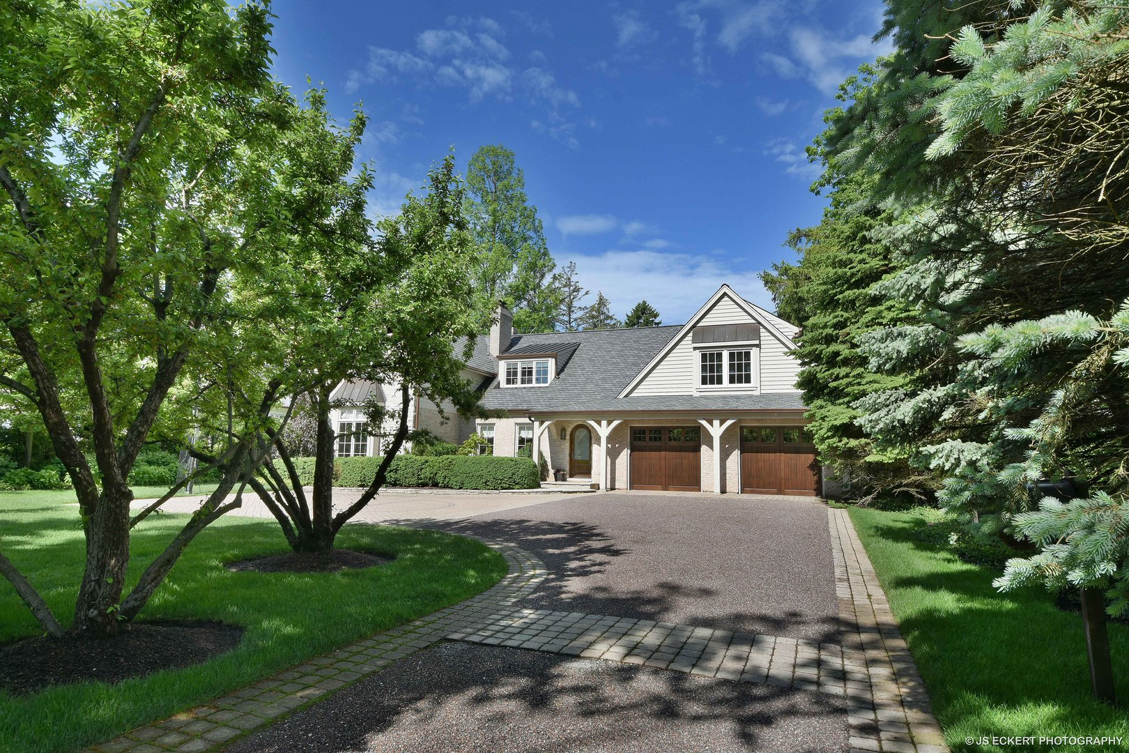1520 North Sheridan Road Lake Forest, IL 60045