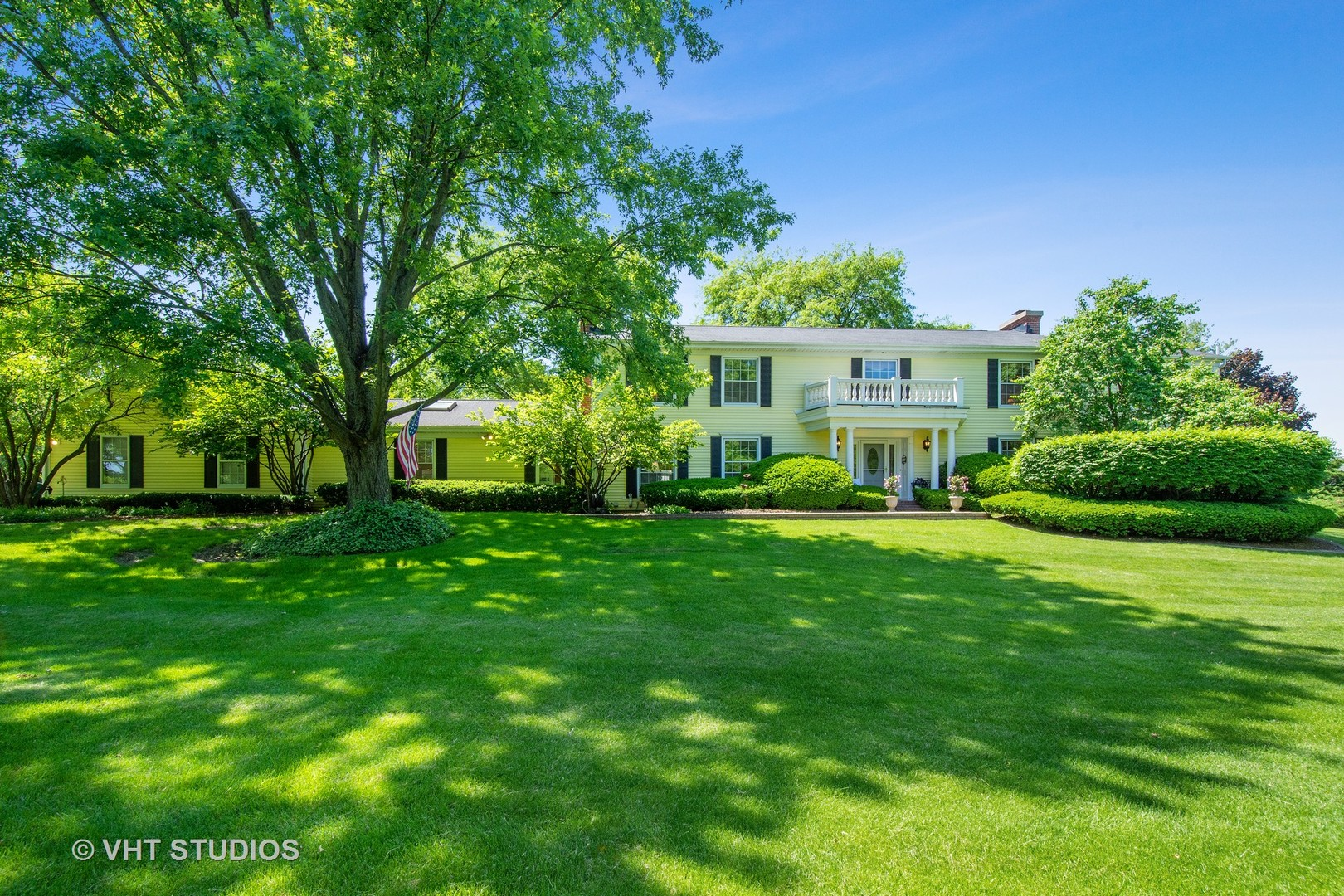 308 Grayfriars Lane Inverness, IL 60067