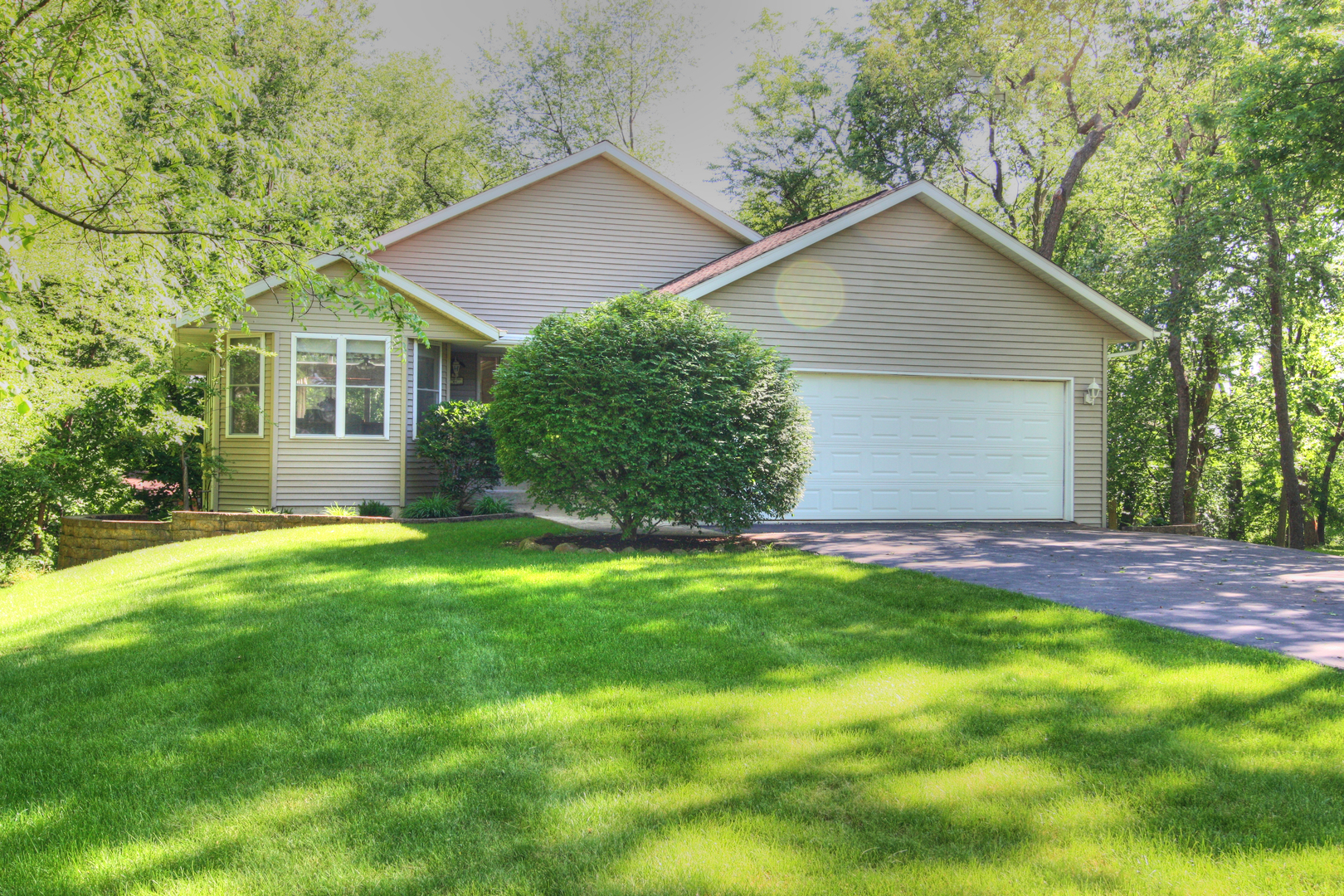 1222 Lake Summerset Road Lake Summerset, IL 61019