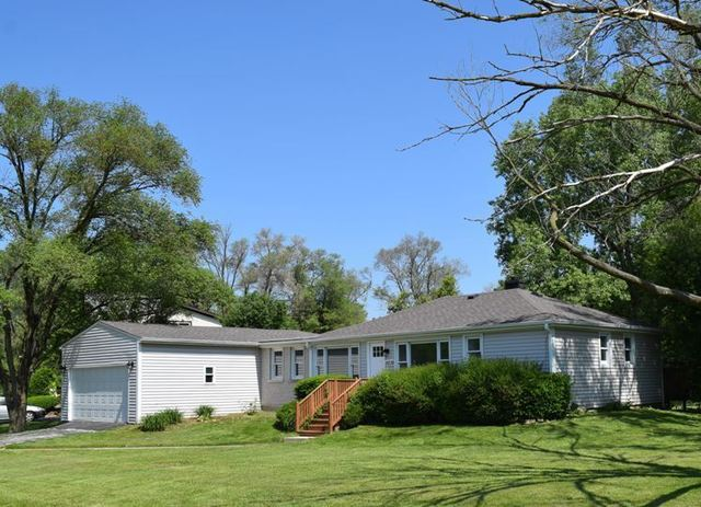 15238 West PEKARA Drive, Deerfield, Illinois