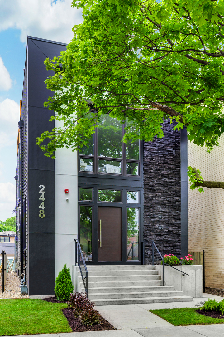 2448 West Ohio Street, one of homes for sale in Bucktown