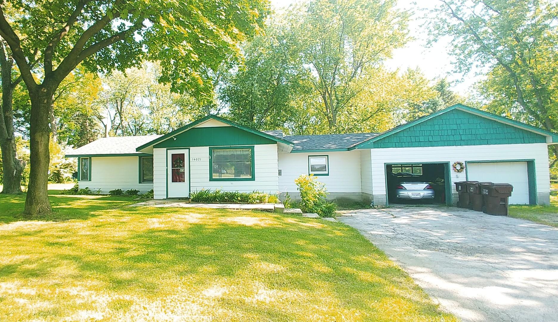 14021 West Maple Road, Mokena, Illinois