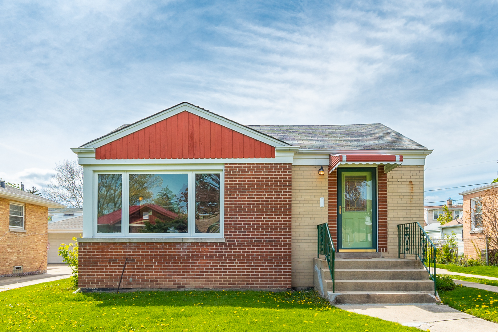7836 North Nora Avenue Niles, IL 60714