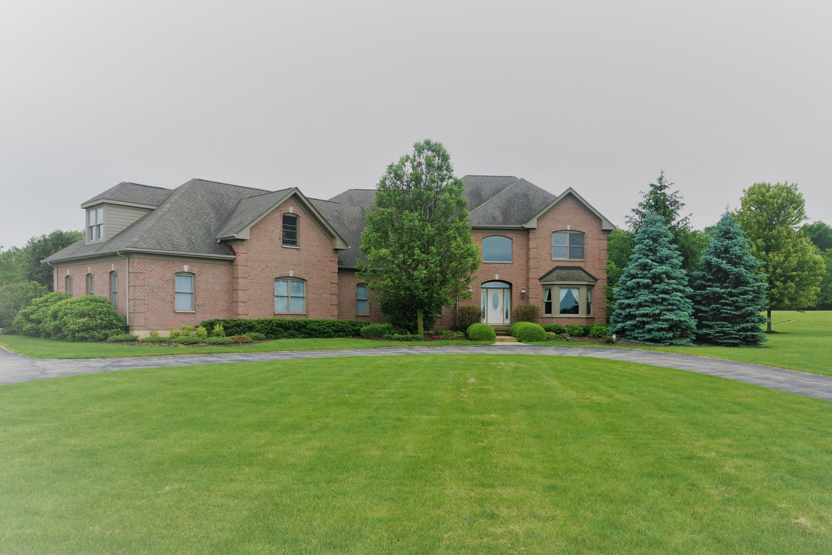7615 Surini Lane, Crystal Lake, Illinois