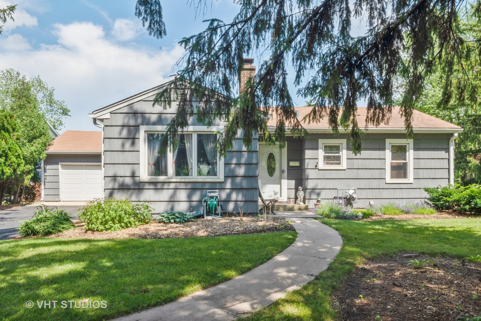 4401 Downers Drive, Downers Grove, Illinois
