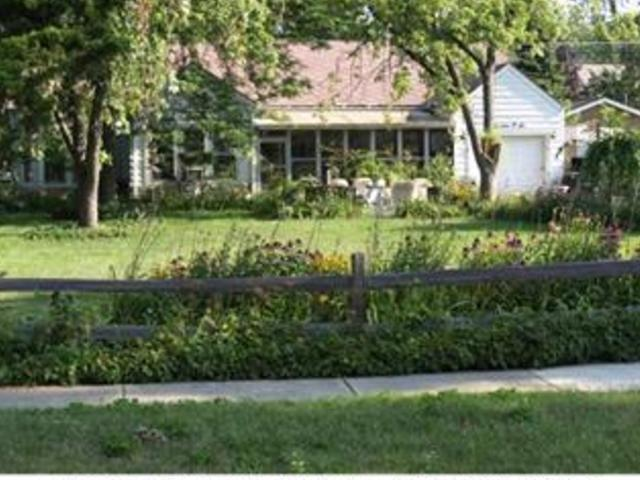 1606 Henry Avenue, one of homes for sale in Des Plaines