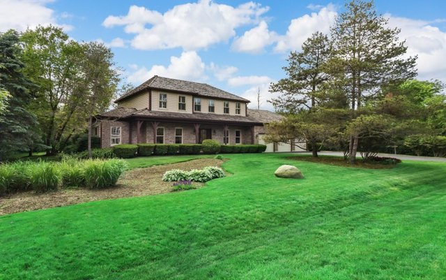 One of Libertyville 4 Bedroom Homes for Sale at 1641 Wickham Court