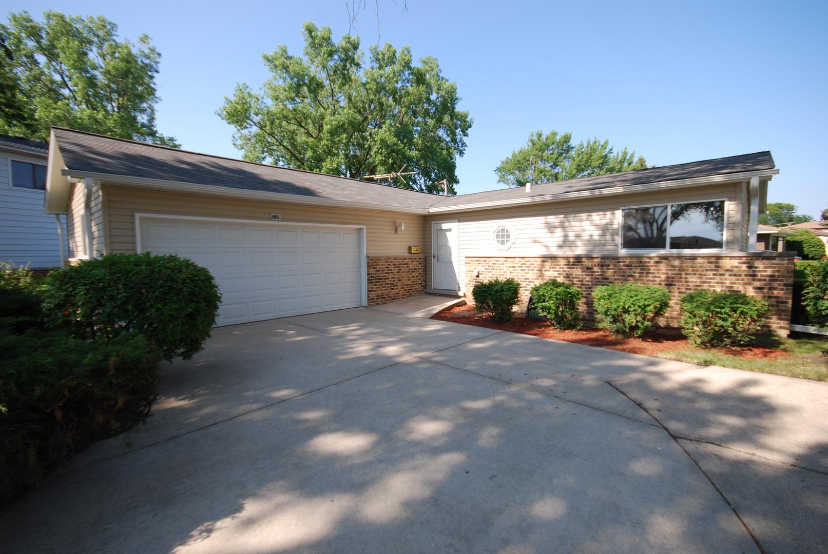 730 Devonshire Drive, Des Plaines, Illinois