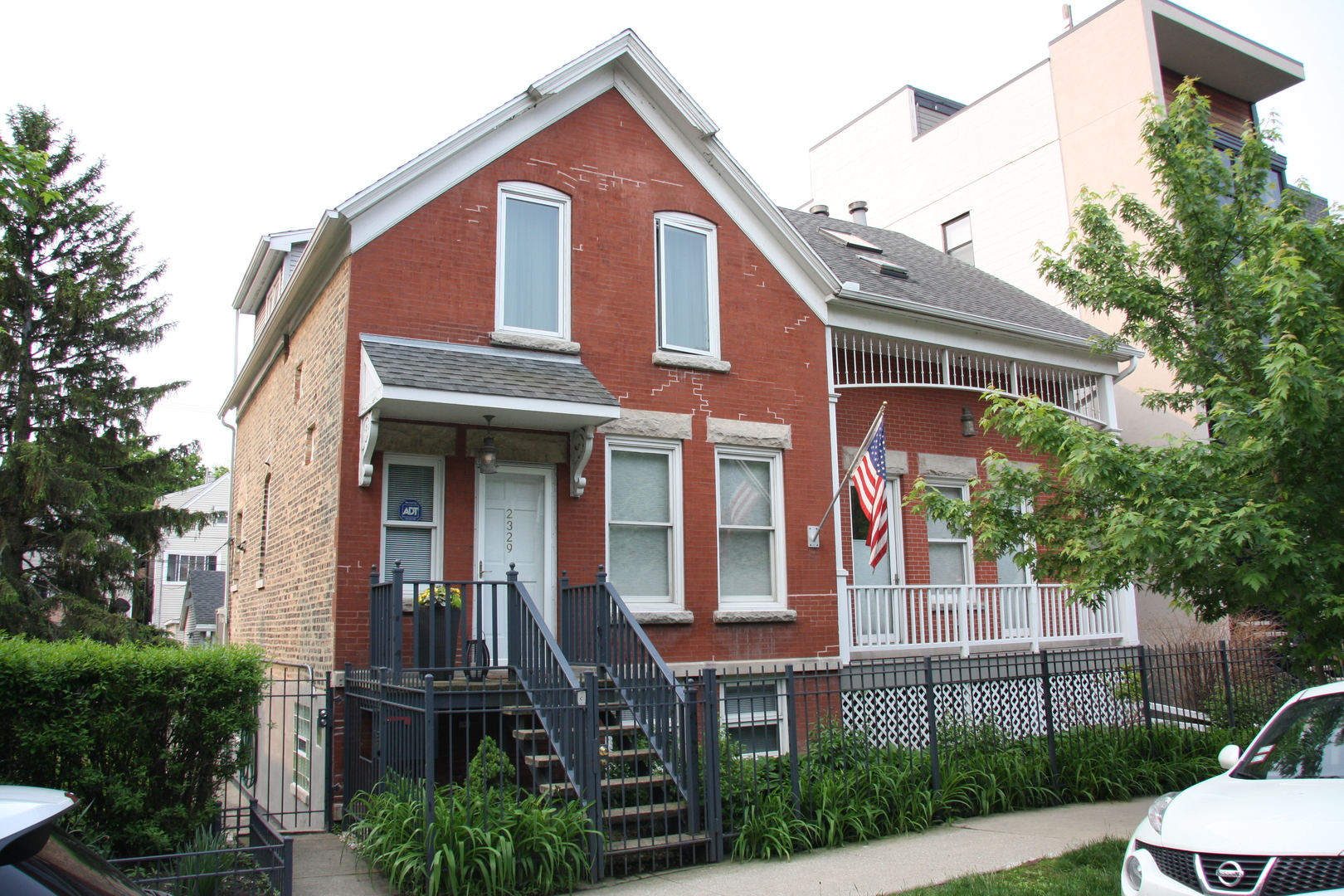 2327 West LYNDALE Street, Logan Square, Illinois