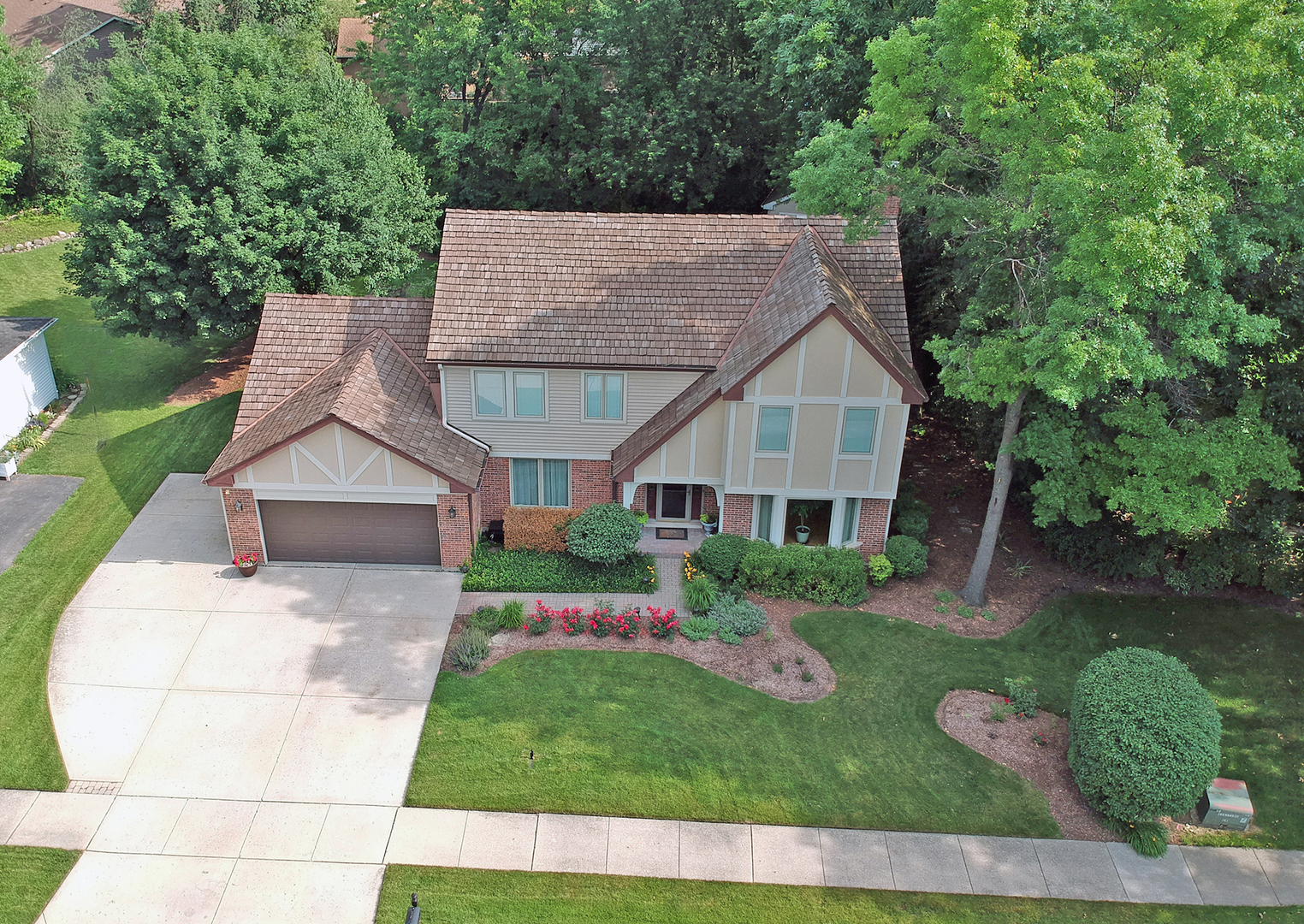 218 Alpine Drive, Lake Zurich, Illinois