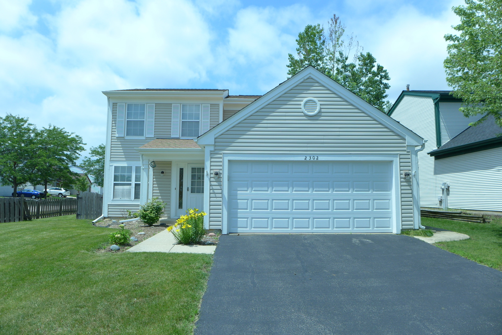 homes for sale in round lake beach